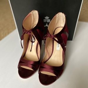 Nina Cherie Illusion Shoes - Dark Wine